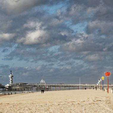 Photo of the Scheveningen Pier near the Kurhaus.