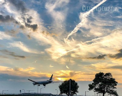 One of my favourite pastimes is watching planes take off and land. This aircraft had the Cathay Pacific livery about to land at Heathrow on runway 27L. The sky was beautiful that night.