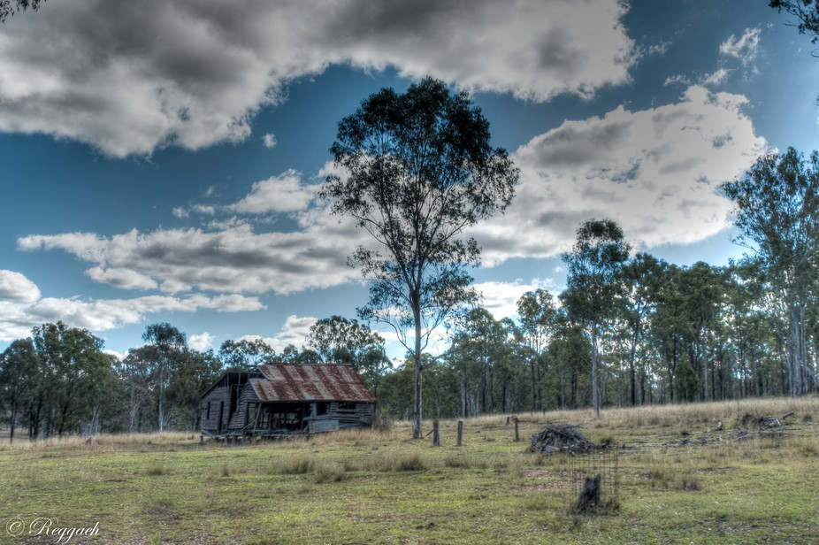 This old rundown farm house is near Wondai in Queensland. The weather and lack of attention has t...