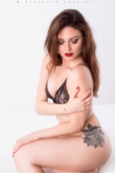 Sexy Valeria F.
