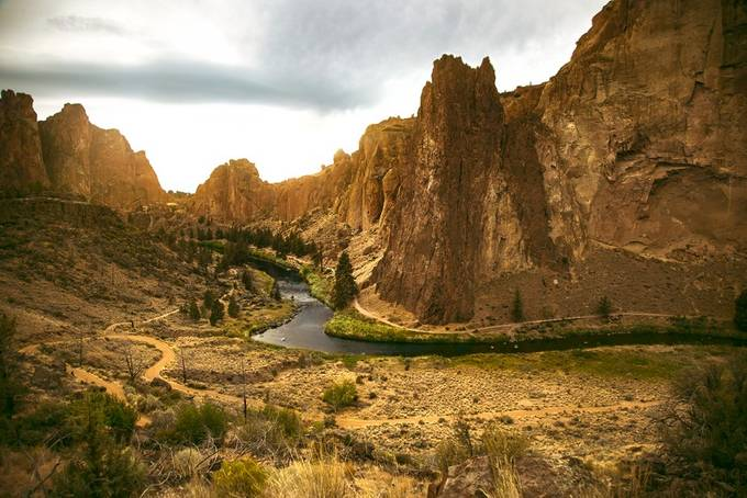 Smith Rock by pedrontheworld - Boulders And Rocks Photo Contest