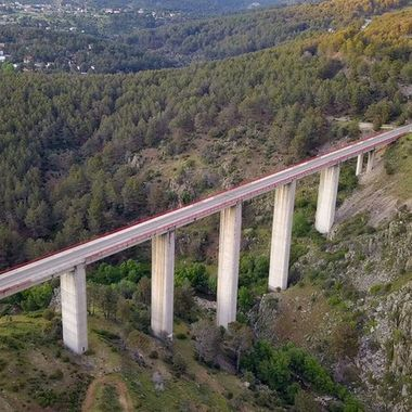 Puente rio cofio