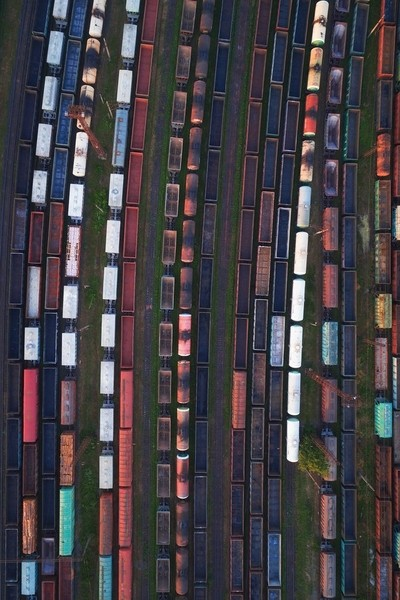 sleepy morning trains