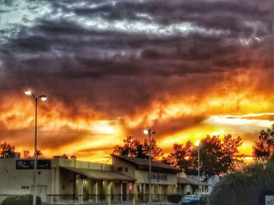 Arizona always has amazing sunsets, but during monsoon season, the light shows in the sky go into...
