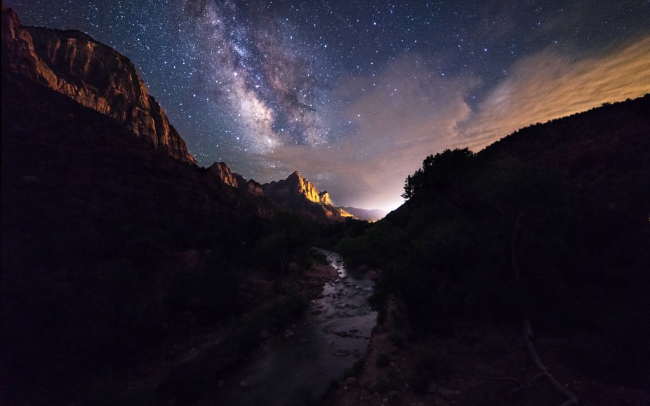 Milky way rises over the Watchman in Zion National Park