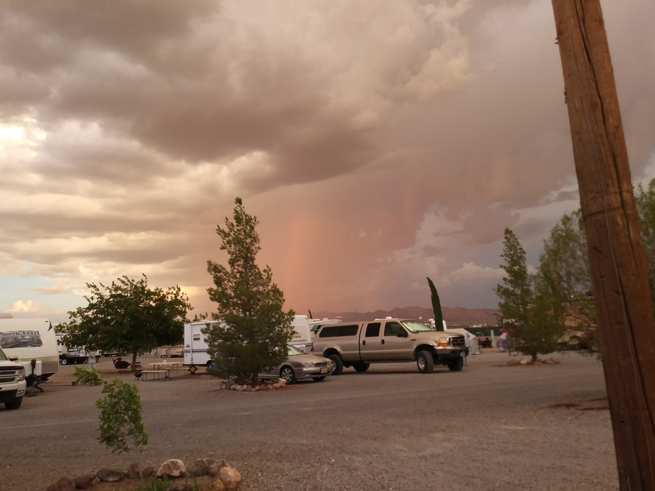 This is a rain band i watched come into the valley