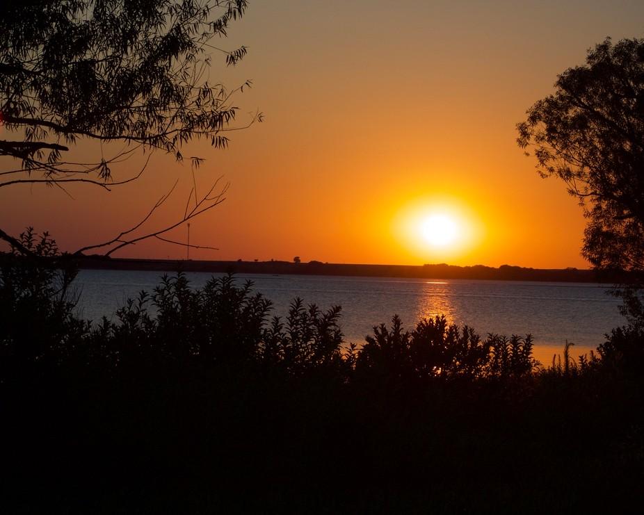 El Dorado Lake Sunset