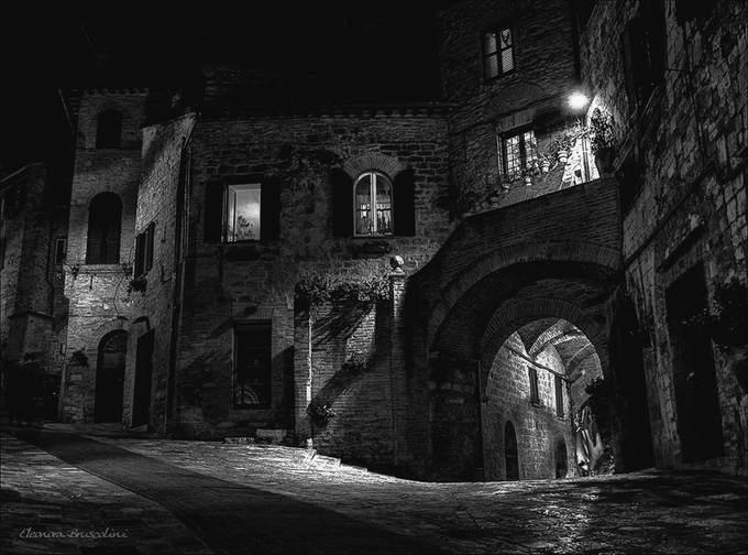 Assisi by night  by Elebrusco - Our World In Black And White Photo Contest