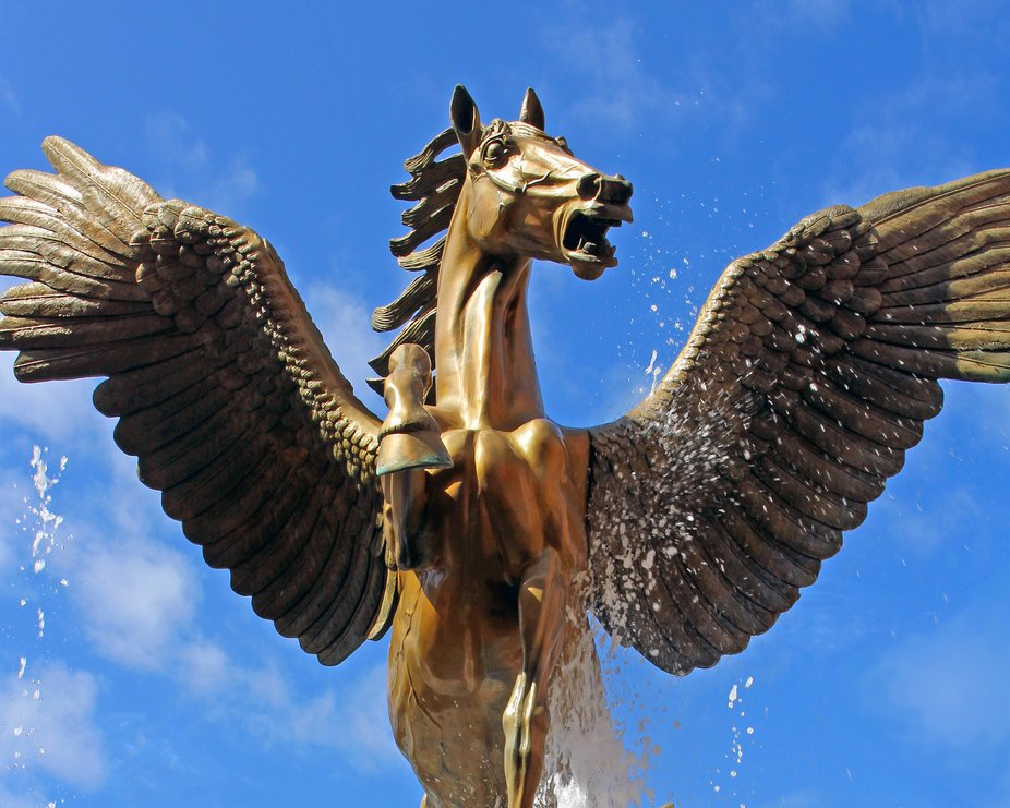 Pegasus Fountain at Royal Towers of Atlantis in Nassau, Bahamas As you approach the pink, arched ...