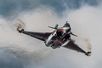 14-7-18 RIAT - Another Stunning display !! The Dassault Rafale Solo Display Team  flown by Sebastien Nativel.