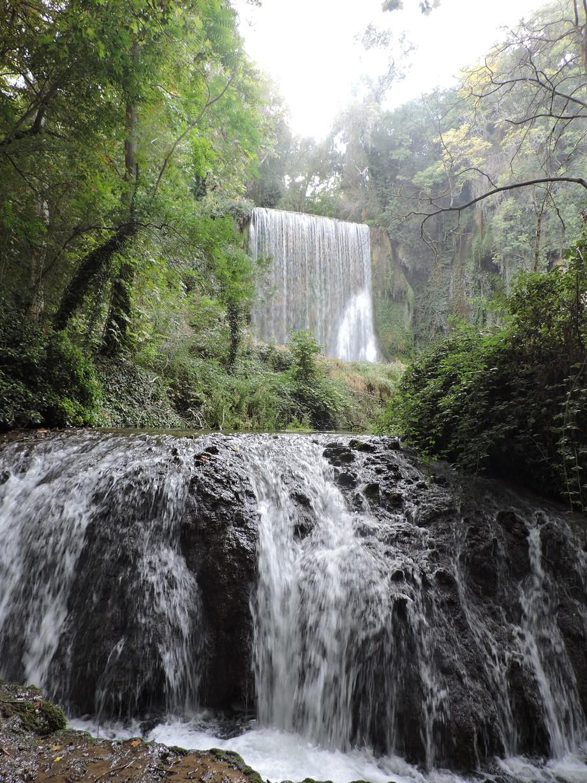 Colección de waterfalls (cascadas), El Monasterio de Piedra