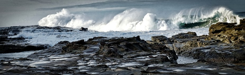 Swell in Bass Strait led to huge waves.