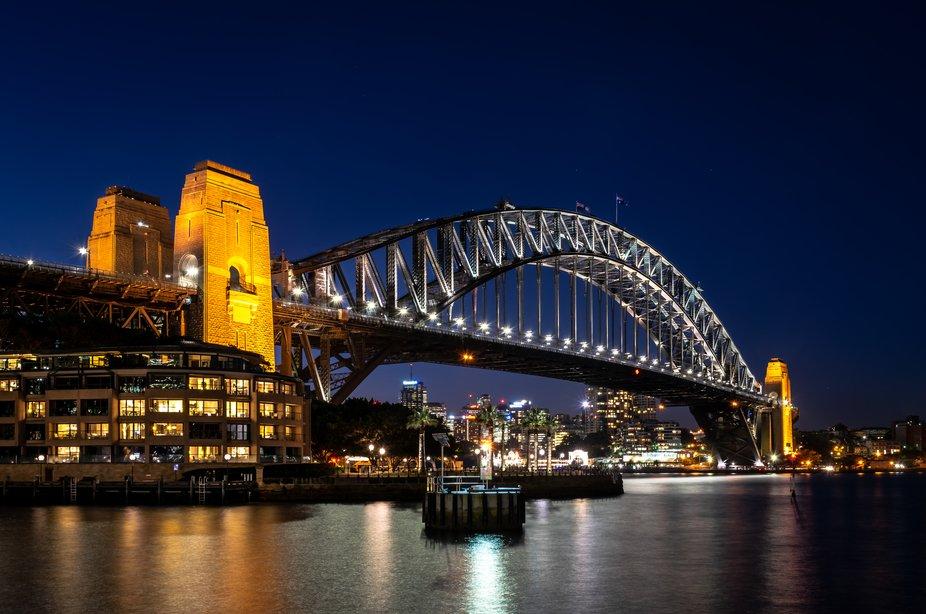 The beautiful Sydney Harbour Bridge by night.