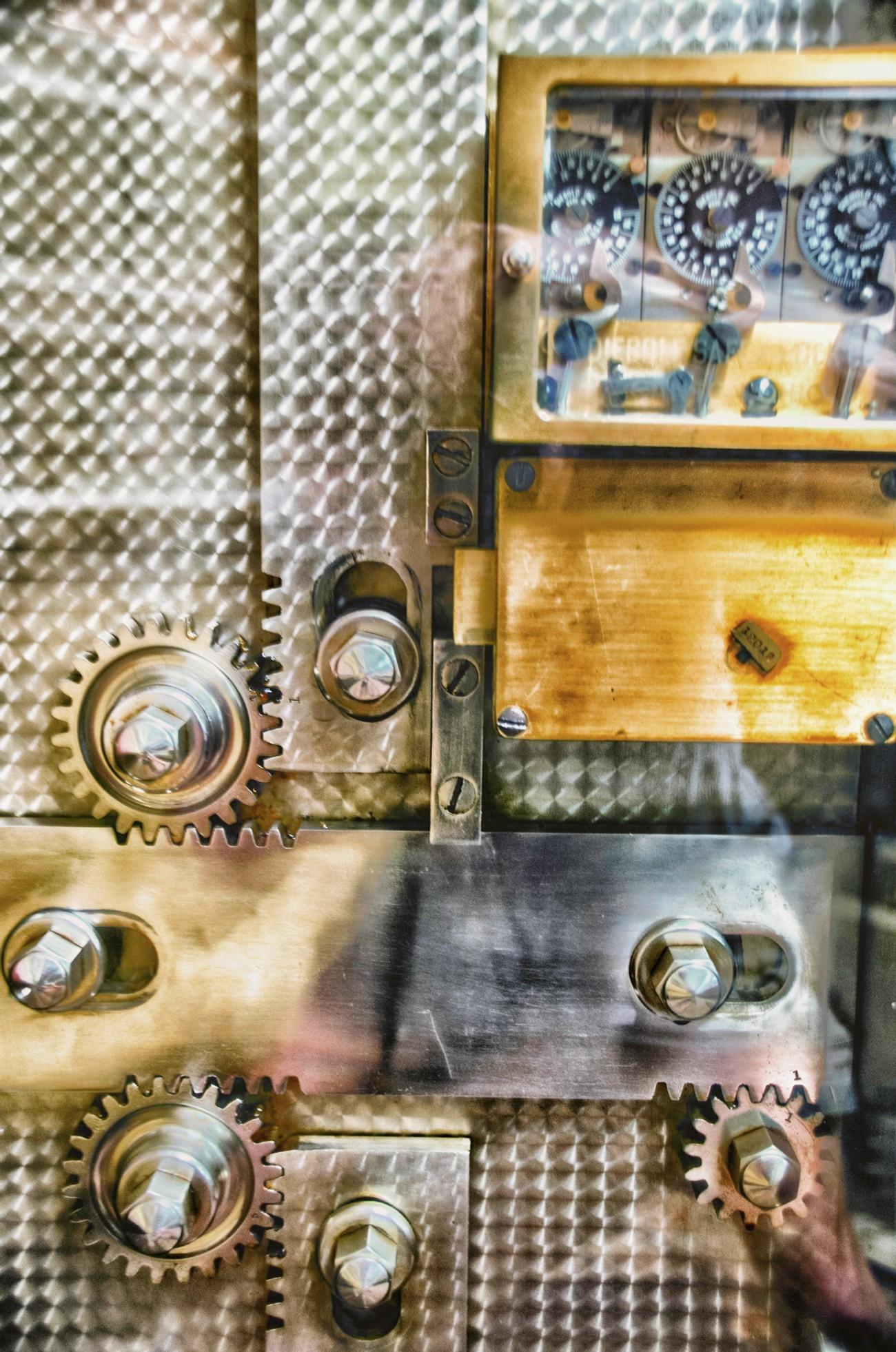 The inner works of a vault door in Arcadia Florida.
