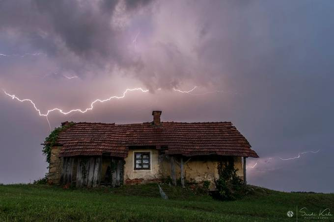 Old hause and lighting :)  by Kelc33 - Isolated Cabins Photo Contest