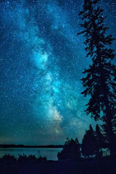 It was worth getting up for this atar atudded show on Lake Temagami featuring the Milky Way. So many stars!