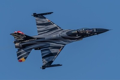 Superb display by the Belgium Air Force F-16MLU Fighting Falcon  15-7-18 RIAT