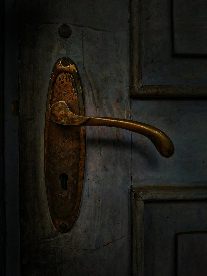 It's unlocked, you just need to pull by RBaig - Creative Reality Photo Contest