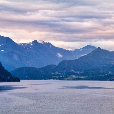 I took this photo when me and my wife went on a boat trip to the Geiranger Fjord, Norway, in July 2018. I took this photo on the 16th of July, at around 04:00 in the morning.