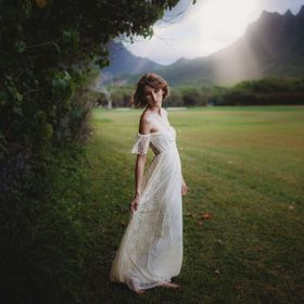 I am trying to shoot dreamy style photoshoot. I love this picture. The natural light in the back was amazing. And the lace dress made it so soft ...