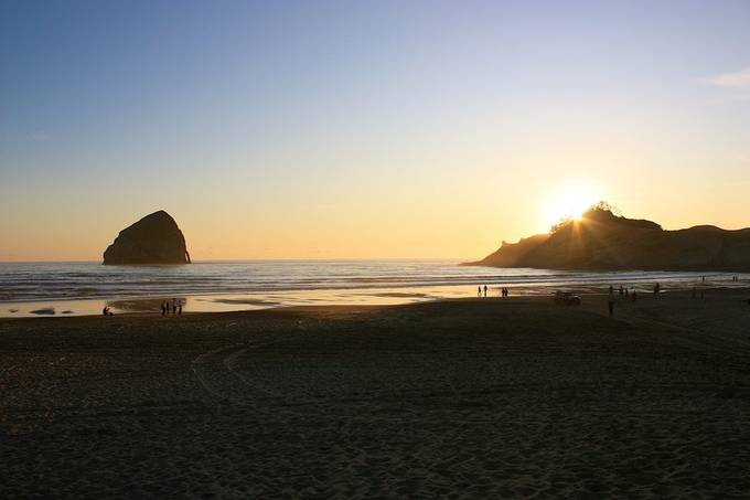 I had an impromptu family get together here at Cannon Beach in Oregon.  This photo brings back memories of that day.