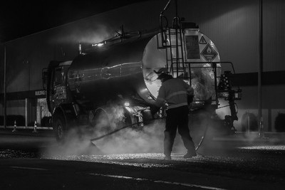 Applying the tar.