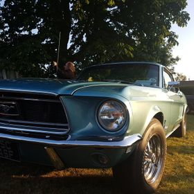 Great phone pic of my granddad's Tahoe Turquoise 1968 Ford Mustang