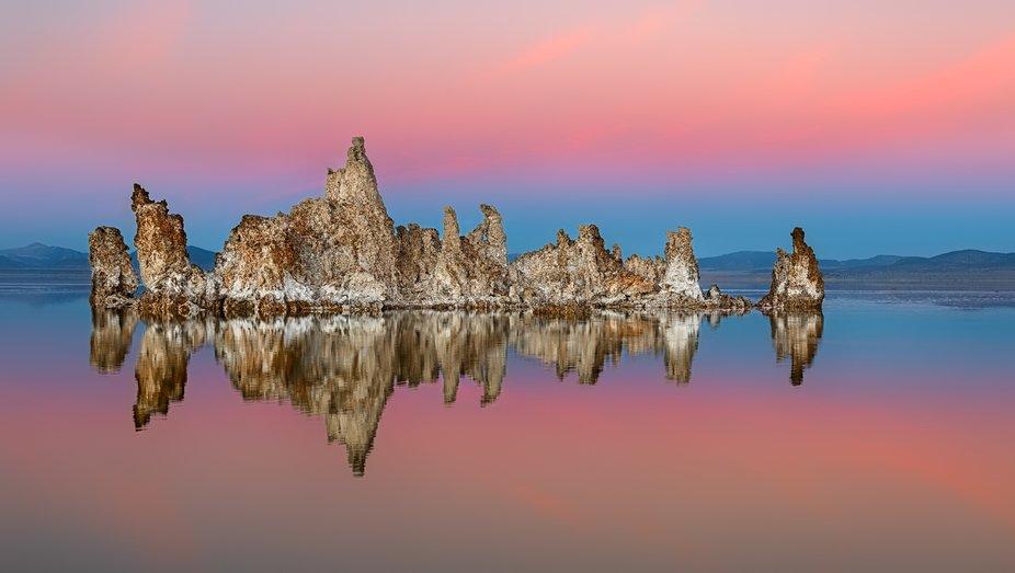 A winter sunset at Mono Lake.