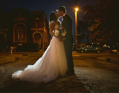 They Kiss on Main Street in Memphis