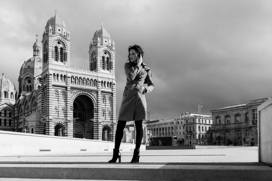 Pauline, bw, portrait, Marseille, France
