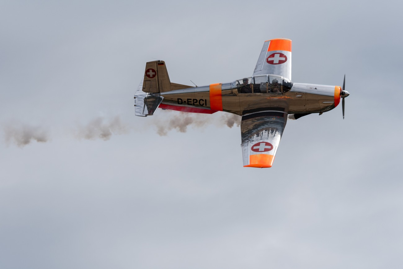 plane in local airshow