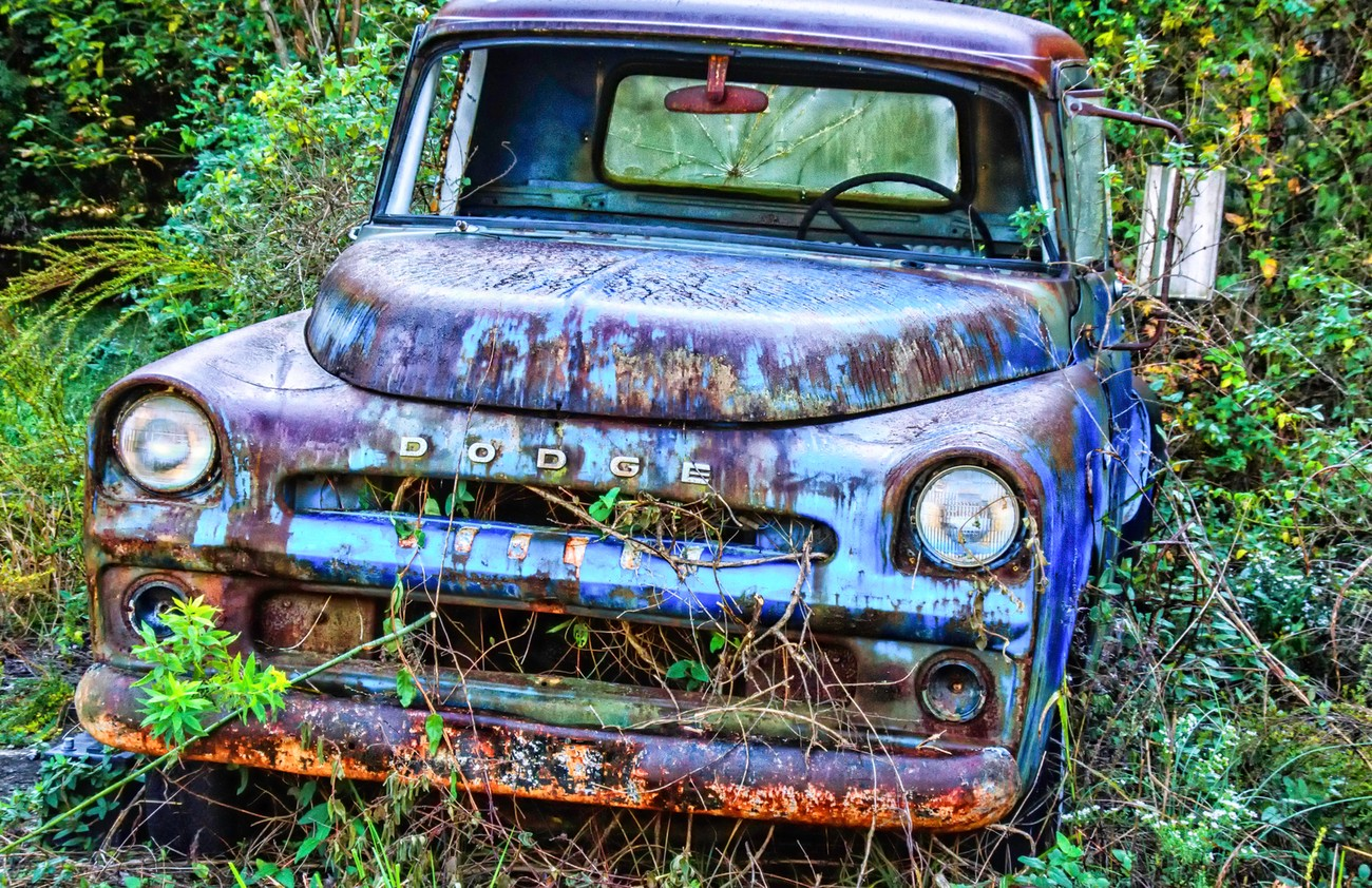 The colors that are on these abandon cars are so fantastic,the rust,the holes,lack of glass all make for a look into the past, wonderful memories.