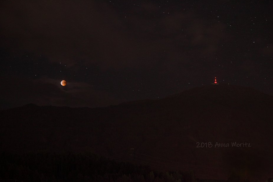blood red moon eclipse from 27 juli 2018
