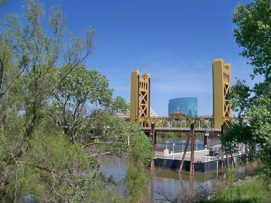 Bridge over the Delta river, Sacramento