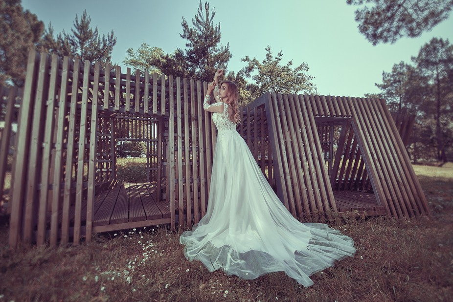 This picture was shot for a bridal dress brand. The idea was to show their dresses in an unusual ...