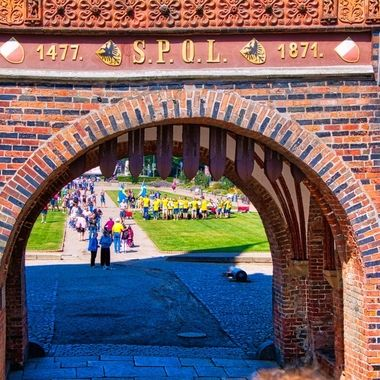 I took this photo when me and my wife went on a boat trip to Norway, Denmark and Germany, in July 2018. Before entering the old town of Lubeck, we came to this gate which Started in 1464. The gate has Lübeck's signature North German Brick Gothic design.