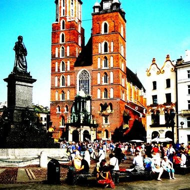 Architecture and life of Krakow - Beautiful city in Poland (3)