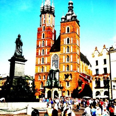 Architecture and life of Krakow - Beautiful city in Poland (12)