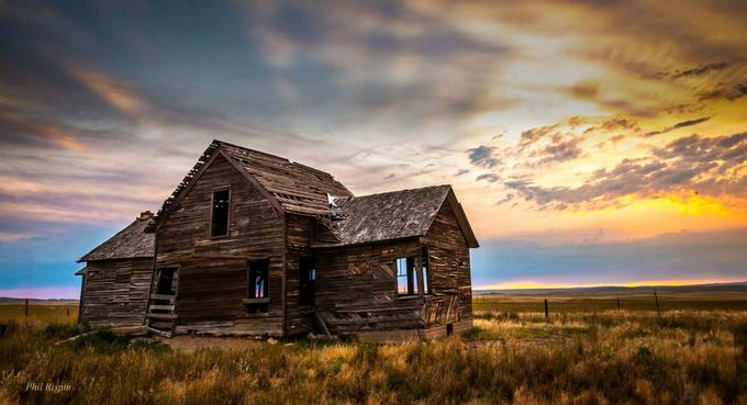 Homestead by philipdrispin - Isolated Cabins Photo Contest