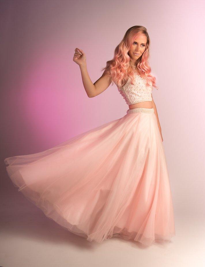 Lauren by kiramorris - Pink Photo Contest
