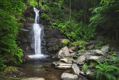 Borové vodopády