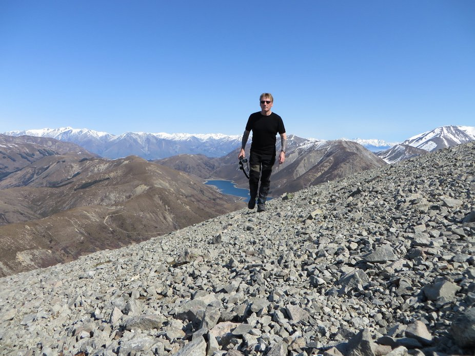 Hunting for chamois in New Zealand's mountainous outback.