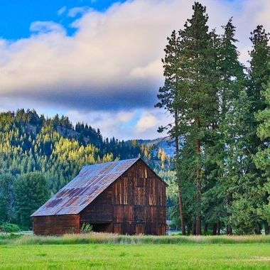 This barn is located in Plain WA , HDR 3 images