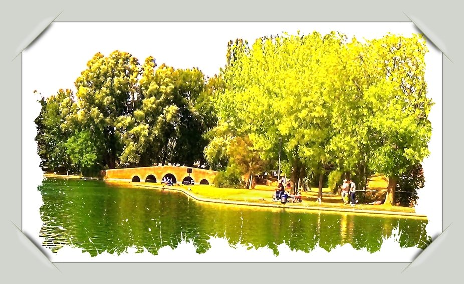 This is one of the green lungs of The City #Tienen. A place to relax and for a place to fish Theo-Herbots