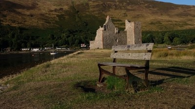 The bench and the castle.