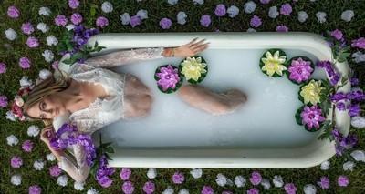 Nicole Cooper Boho Milk Bath