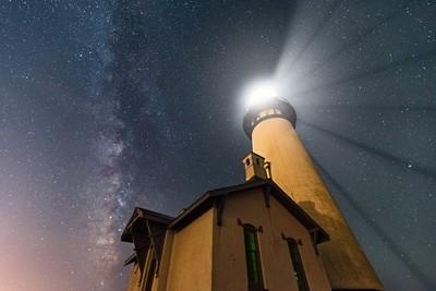 Yaquina Lightshow on the Oregon Coast