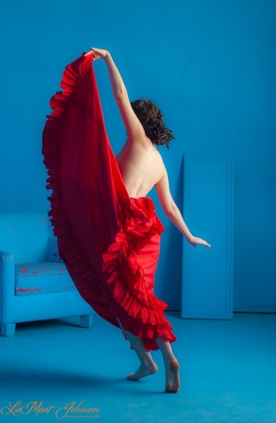 Evelyn's Dance In The Blue Room-1