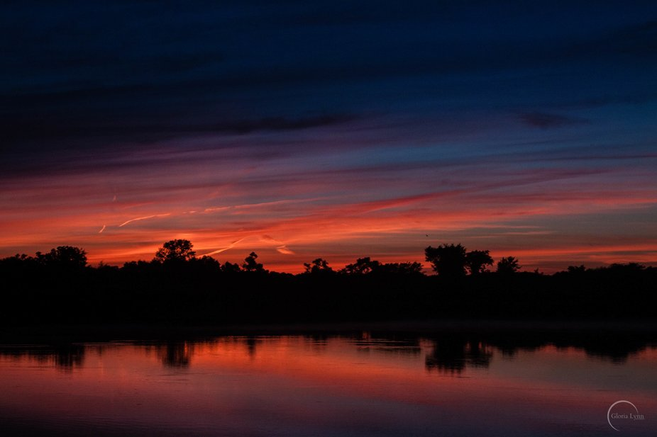 After a wonderful day with friends at Mauthe Lake in Wisconsin I captured this beautiful sunset a...