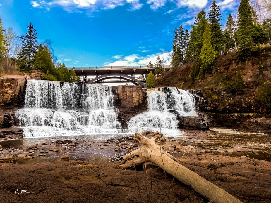 gooseberry falls in duluth mn.